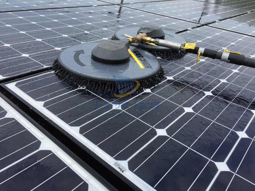 太陽光パネルの洗浄・清掃