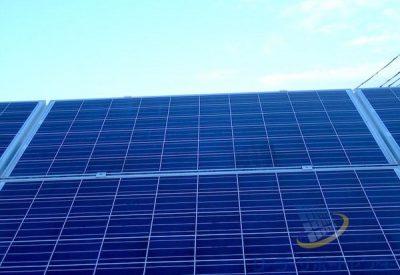 清掃後の太陽光パネル