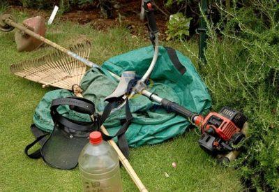 草刈機の画像